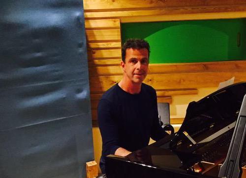 Simon Lacey Stienway Piano