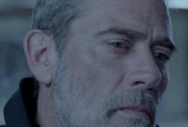 "Simon scores ""The Postcard Killings"" movie"